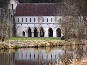abbaye-fontaine-guerard-4