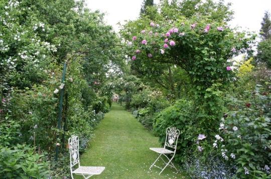 Sorties la ferme du cardonnet for Jardin romantique